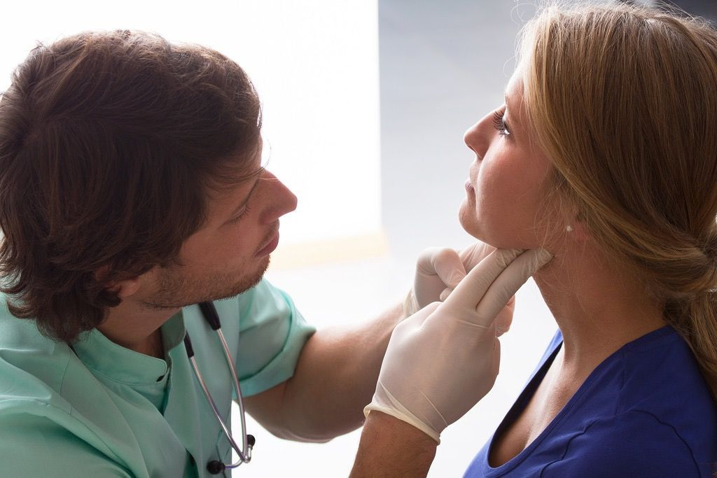 Chiropractic Care for Whiplash in Garden City