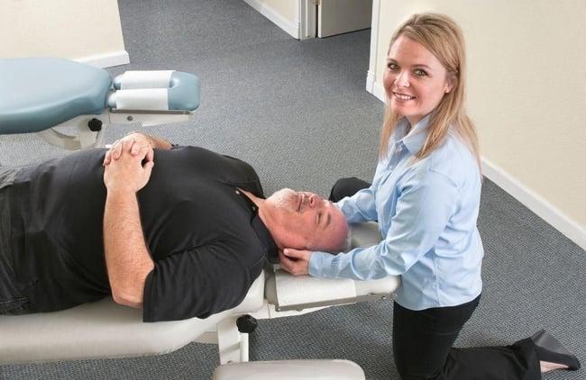 chiropractor-treats-truck-accident-victim-in-atlanta