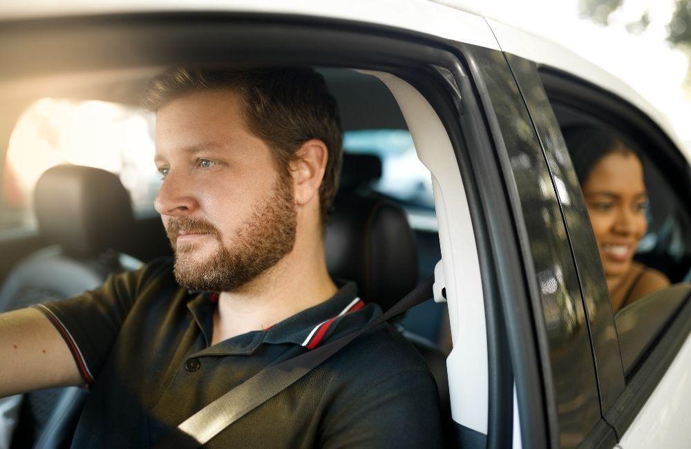 uber-driver-driving-a-passenger-in-newnan