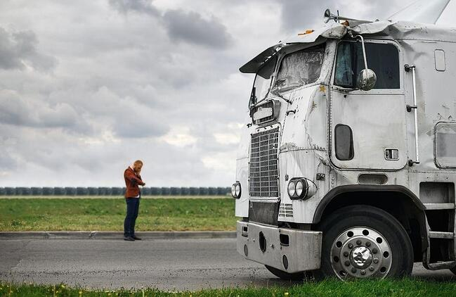 truck-accident-victim-in-mcdonough-calls-for-help