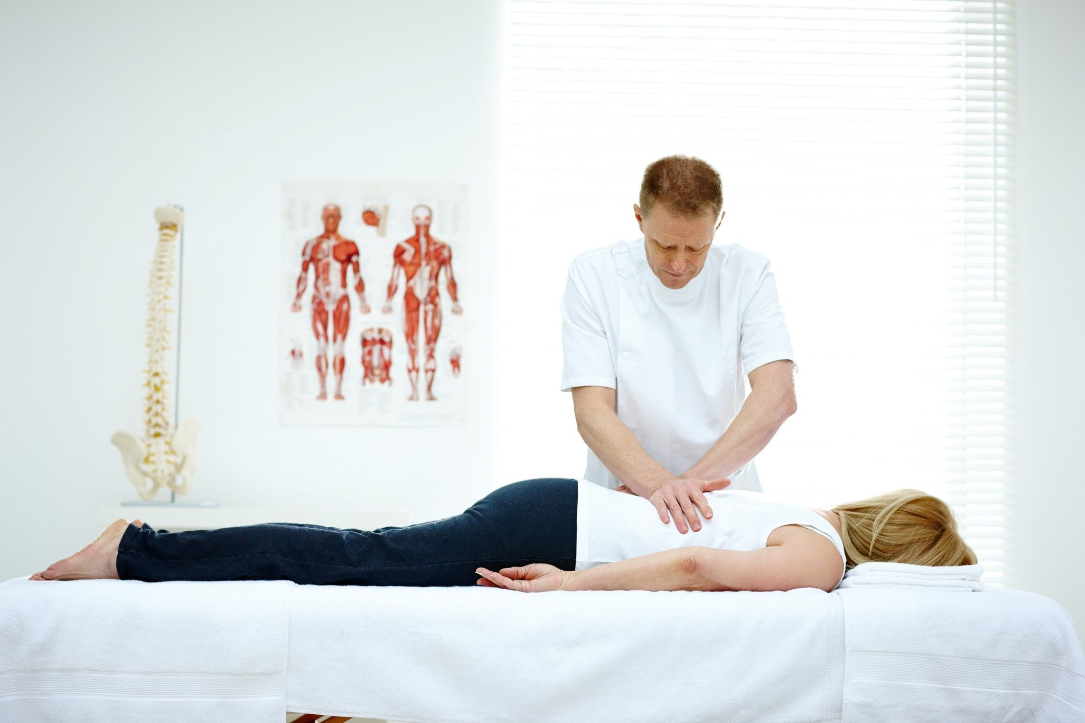 Chiropractic spinal adjustment in College Park