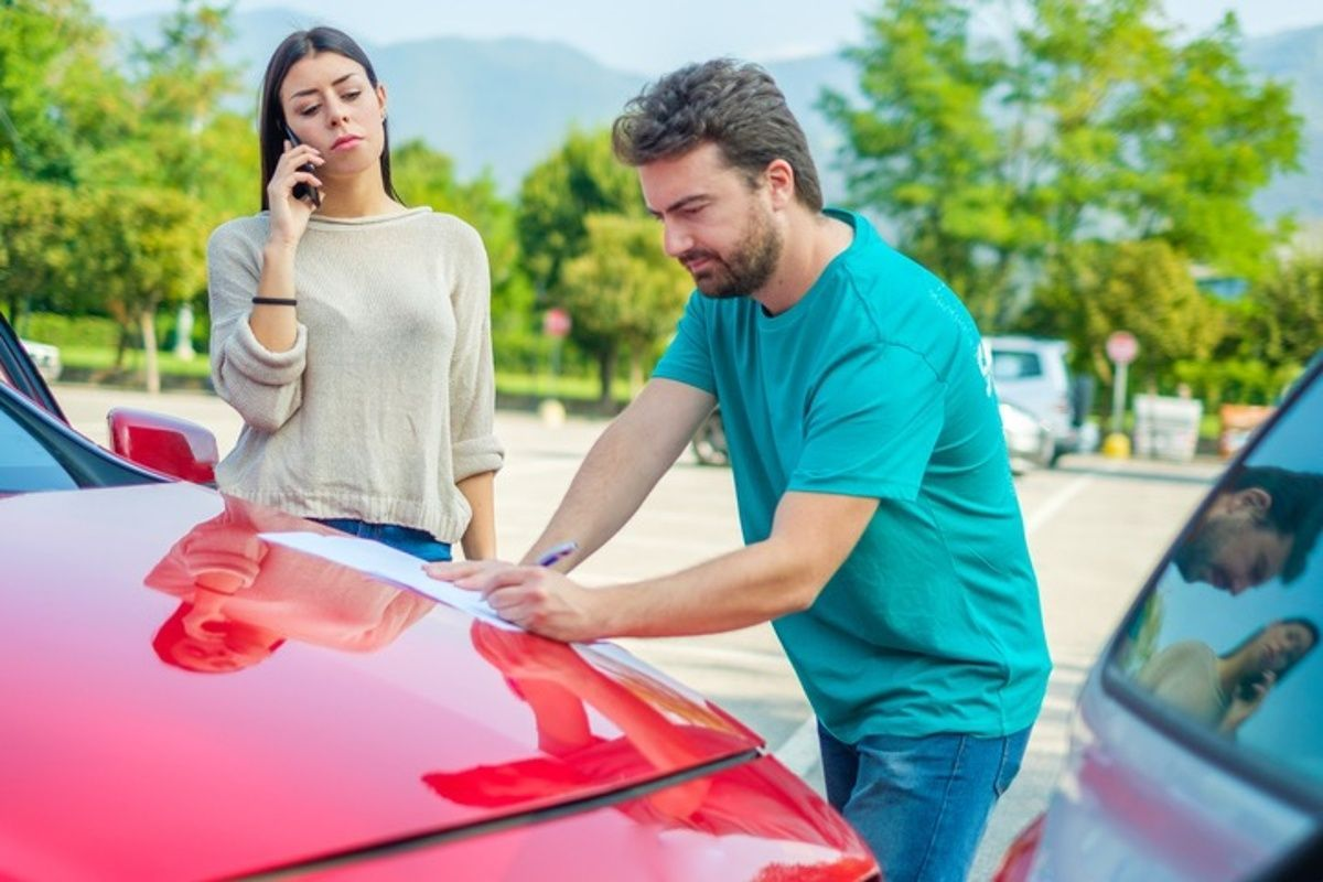 Information exchange after an auto accident in Atlanta