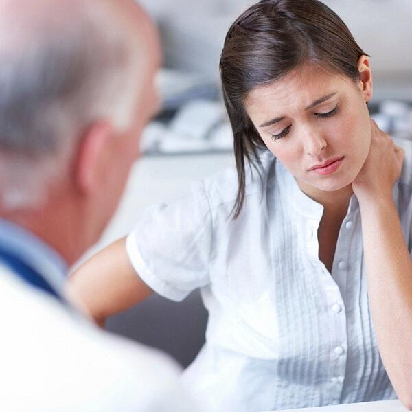 A chiropractor can treat your neck pain