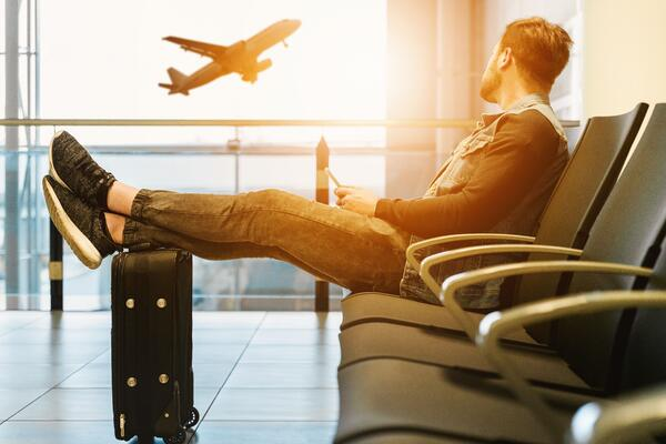Managing Back Pain During A Long Flight